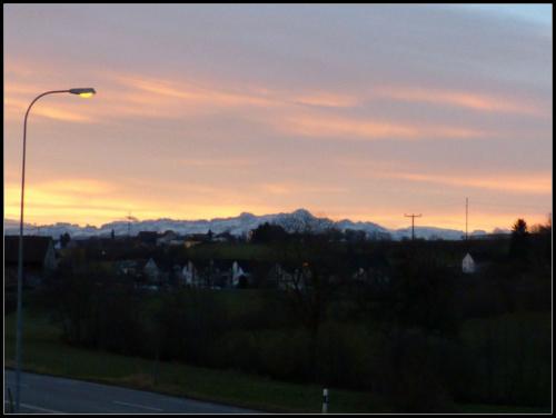 7;44;36wschód słońca nad Alpami #słońce #wschód