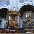 boczne ołtarze i ambona #kościół